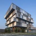 525e8f66e8e44e67bf000a54_oficinas-aquitanis-platform-architectures_platform-aquitanis-bordeaux-photo_01-photo_l-_boegly-125x125